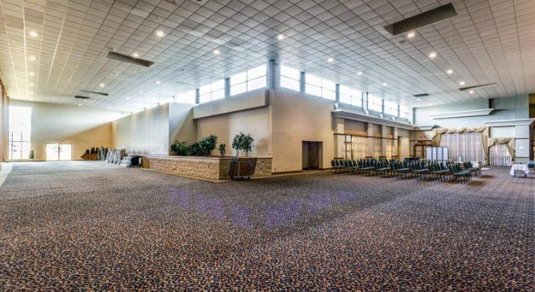 Milwaukee Airport Hotel Free Parking Shuttle